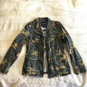 Madewell Women's Outbound Jacket in Camouflage
